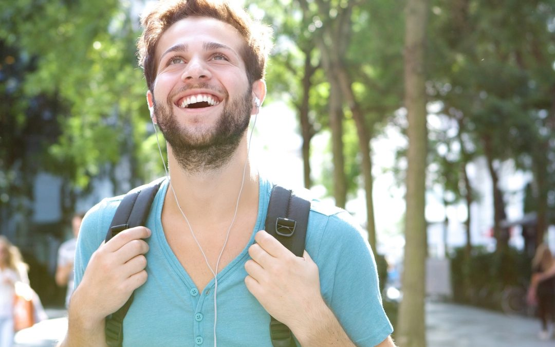 Three Essential Things Your Student Must Do in College
